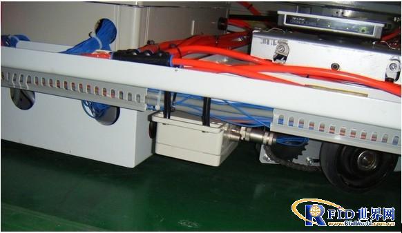 UHF RFID自动导引车(AGV)