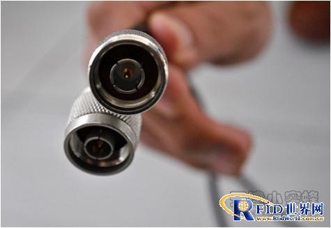 小蜜蜂RFID汽车仓库管理系统高清图片