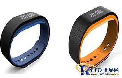 联想官网现智能腕带 酷似 Fitbit