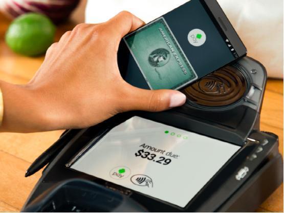 安卓和三星移动支付服务或将被美国银行抢用户