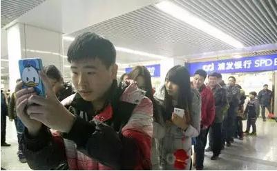 郑州地铁接入扫码购票 后期将上线NFC刷票系统