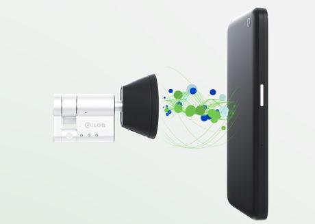 iLoq 推出首款NFC手机供电解锁的智能门锁