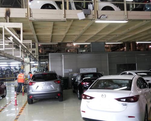 长安汽车某合资工厂使用超高频RFID技术提高工作效率
