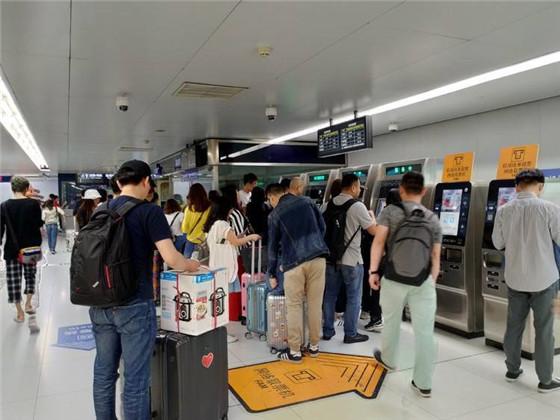 我们体验了北京地铁二维码乘车,它最大的敌人并不是NFC
