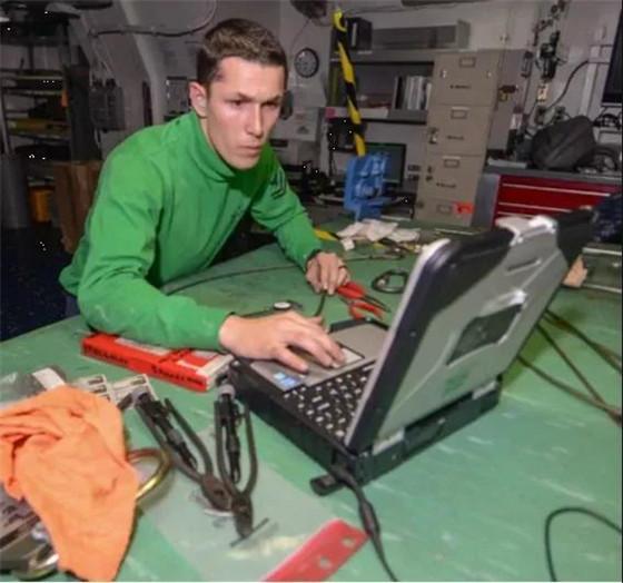 万物互联网:终极军用物联网