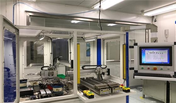 全球首台植入式轮胎rfid标签全自动生产设备投产